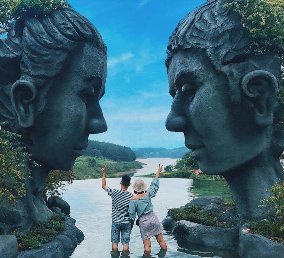 Hồ vô cực Đà Lạt nơi tình yêu bắt đầu
