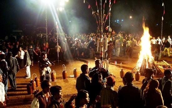 tour giao lưu cồng chiêng tây nguyên ở Đà Lạt