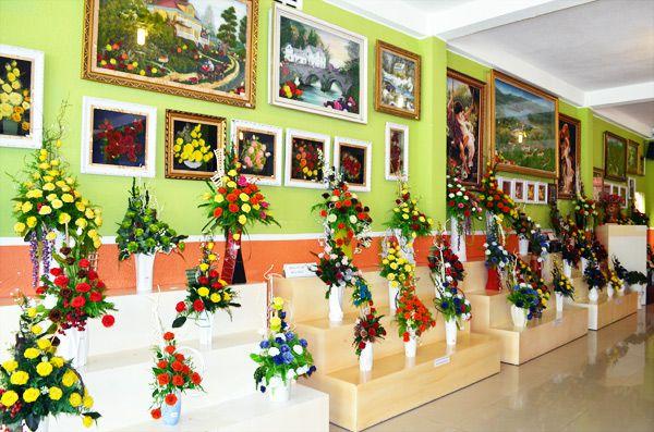 Showroom rừng hoa khô Đà Lạt