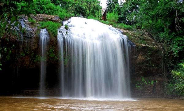 Một phần nhỏ thác nước Prenn Đà Lạt