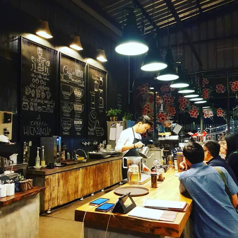 Không gian quán cà phê là việt
