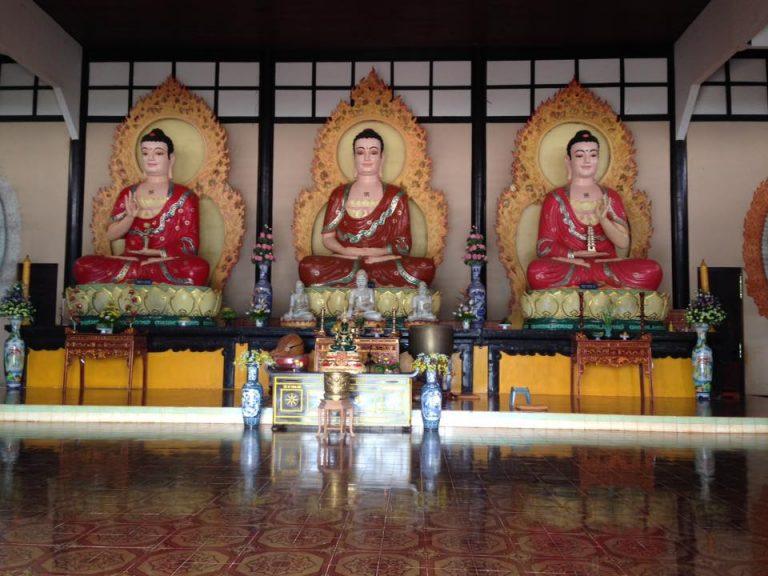 Tham quan chùa Linh ẩn tự
