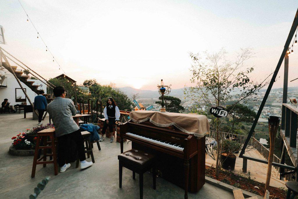 cafe nhạc trịnh Đà Lạt