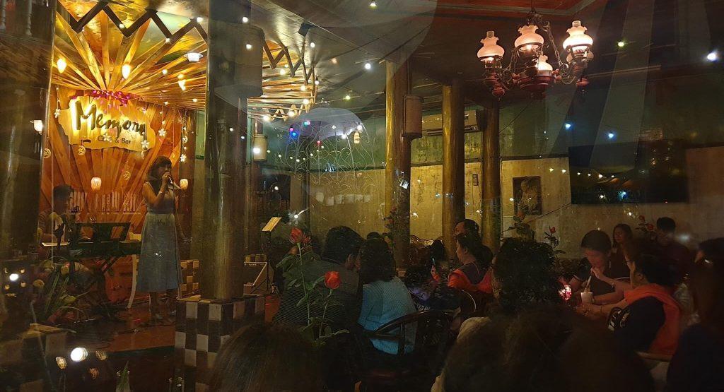 phòng trà cafe memory