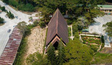Nhà thờ cam ly nhìn từ trên cao
