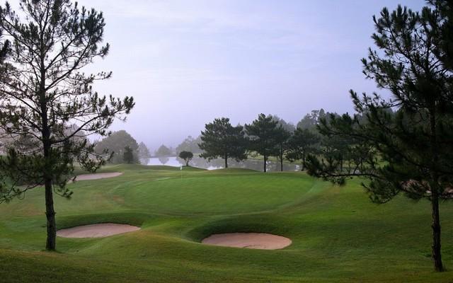 vẻ đẹp thơ mộng ở golf Đà Lạt